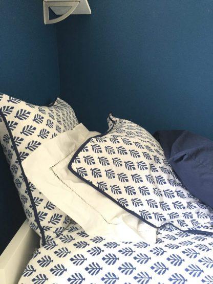 Linge de lit Housse de couette Taie d'oreiller Parure de lit en coton imprimé au block print BOOTI Bleu Royal de VILLA D'ISSI