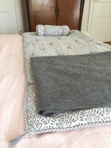 Sofa cover surmatelas block print ALIZA Gris Charcoal de VILLA D'ISSI