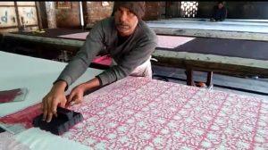 Les collections textiles VILLA D'ISSI et VILLA D'ISSI Kids pour la Décoration Chic et le Resort Wear sont conçues en France et imprimées à la main au tampon de bois (block print) au Rajasthan, en Inde. Les collections textiles VILLA D'ISSI et VILLA D'ISSI Kids pour la Décoration Chic et le Resort Wear sont conçues en France et imprimées à la main au tampon de bois (block print) au Rajasthan, en Inde. Les collections textiles VILLA D'ISSI et VILLA D'ISSI Kids pour la Décoration Chic et le Resort Wear sont conçues en France et imprimées à la main au tampon de bois (block print) au Rajasthan, en Inde.
