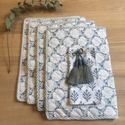 Set de table en coton molletonné style boutis HARRY Gris | Linge de maison raffiné | Linge de table Bohème Chic