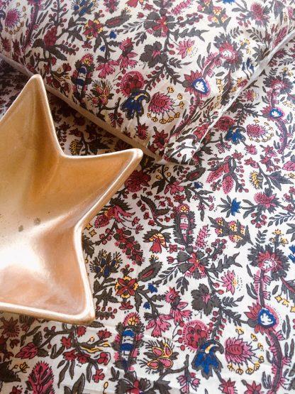 Collection de décoration textile indienne imprimée à la main au block print INDIANA de VILLA D'ISSI tablecloth Multipurpose Scarf INDIANA from VILLA D'ISSI