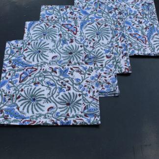 Serviettes de table en coton rose blush, imprimées en Inde à la main. Une élégante manière de décorer sa table dans le style bohème chic.
