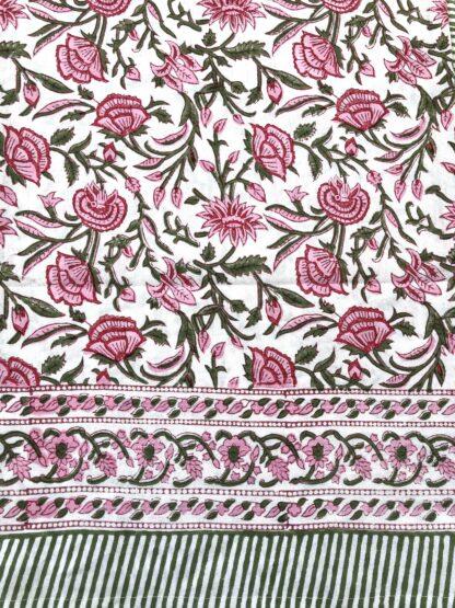Nappe rose et vert ROSA de VILLA D'ISSI. Pink and Green Tablecloth ROSA from VILLA D'ISSI