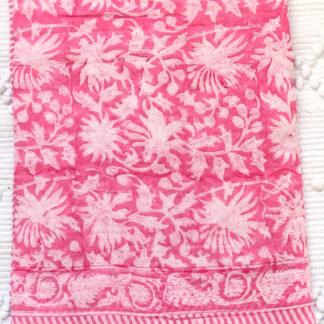 Paréo Foulard Nappe légère FLORA Rose de VILLA D'ISSI. Pareo Sarong Tablecloth Multipurpose Scarf with tassels FLORA Rose from VILLA D'ISSI